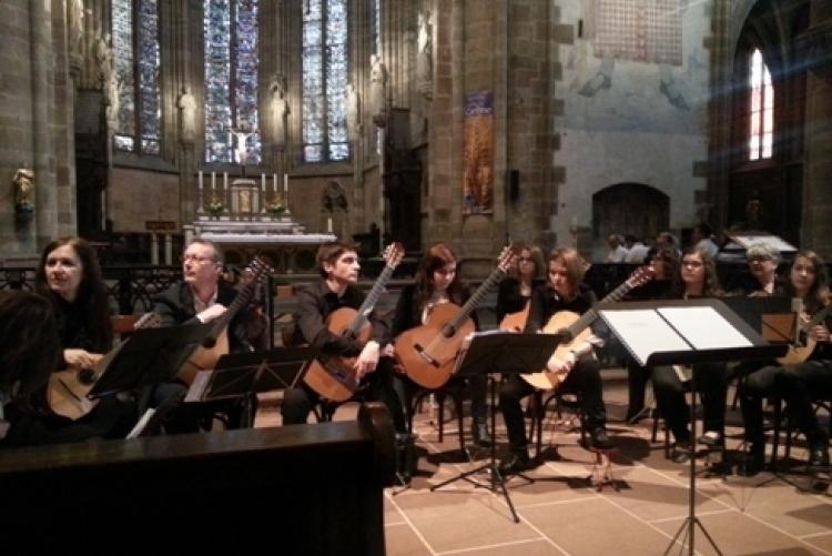 Gitarrenorchester Hagenau (Klosterkirche Wissembourg, 2014)